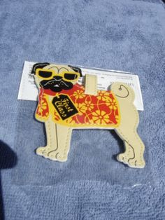 Do you have your luggage tag yet? Sale! Pug eggs and over 70 other items are on sale this week! 15% off at pugjava.com. All proceeds benefit pugs in rescue. ♥