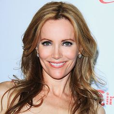 If you're afraid dark eye shadow will look too severe, take a tip from #LeslieMann and opt for a subdued smoky eye. http://celebrityphotos.instyle.com/dailybeautytip/photos/results.html?No=0