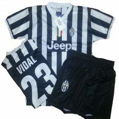 TG. Medium COMPLETINO UFFICIALE 2014  BIANCO NERO Arturo VIDAL Juventus - maglietta t-shirt
