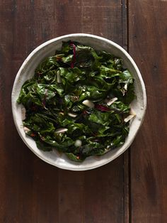 Garlicky Swiss Chard #thanksgiving #sides #family #holidays