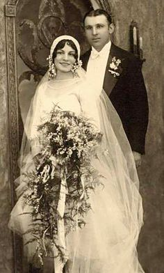 vintage wedding Free Digital Images Vintage, GIF and Clip Art - Artsy Bee Digital Images Couples Vintage, Vintage Wedding Photos, 1920s Wedding, Vintage Bridal, Vintage Images, Vintage Weddings, Wedding Pictures, Silver Weddings, Rustic Weddings