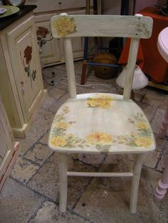 Wooden chair - decoupage