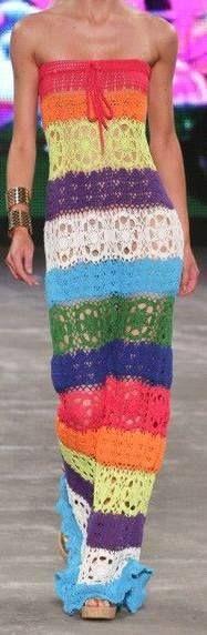 Häkelmuster-Fundgrube: langes, schulterfreies Kleid