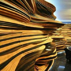 Instalação no Fuori Salone de Milão para a Cosentino em 2010, em Milão, Itália. Projeto do Fernando e Humberto Campana, os Irmãos Campana. #arts #architecture #arquitetura #arte #decor #decoração #design #interiores #interior #projetocompartilhar #shareproject #wood #madeiraeconforto #confort