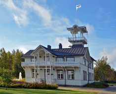 Kahvila Villa Hannala Oulu Photo©Mauri Hietala Continents, Arcade, Countries, Cities, Buildings, Villa, Culture, Memories, Mansions