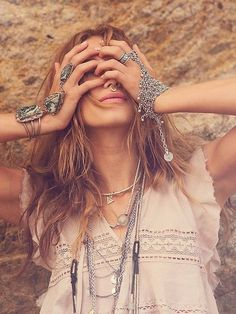 Sexy layered modern hippie jewelry for a boho chic look. For the BEST Bohemian fashion trends of 2015 FOLLOW>>> https://www.pinterest.com/happygolicky/the-best-boho-chic-fashion-bohemian-jewelry-gypsy-/ now