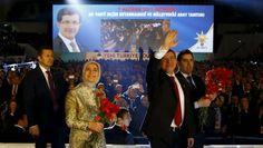 lanzará esta semana un diálogo en el Parlamento para discutir el proyecto de reforma constitucional, pero sin los kurdos