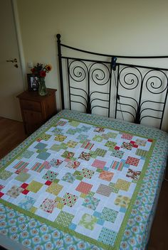 Verna Quilt - Disappearing 9-patch by SilviaLaGataConBotas, via Flickr