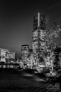 yokohama japan building landmark nightshot photography