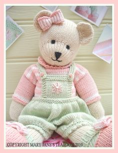 Can't wait to make this lovely teddy bear come to life! CANDY Bear/ Toy/ Teddy Bear Knitting Pattern/ by maryjanestearoom Teddy Bear Knitting Pattern, Knitted Teddy Bear, Knitting Patterns Free, Free Knitting, Baby Knitting, Crochet Patterns, Teddy Bears, Knitting Needles, Knitting Toys
