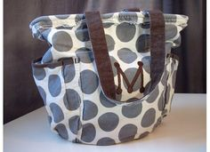 Sugar Bee Crafts: sewing, recipes, crafts, photo tips, and more!: Thirty-One totes