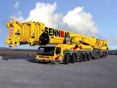 Mobile crane hire Gold Coast and their Advantages Mobile crane hire Gold Coast is basically cranes on truck carriers. Heavy Construction Equipment, Construction Machines, Heavy Equipment, Airbus A380, Excavation Equipment, Crawler Crane, Scania V8, Heavy Machinery, Military Equipment