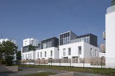 «Maisons sur le toit», 35 logements, éco-quartier Bottière-Chénaie à Nantes. [gallery ids=»2859,2860,2861,2862,2863,2864,2865,2866,2867,2868,2869,2870,2871,2872,…