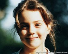 """""""Someday, i will be a Queen""""    A little and pretty Kate Middleton"""