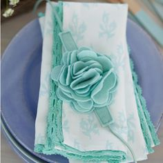 Cotton lace trim napkins from 'Torie Jayne's Stylish Home Sewing'