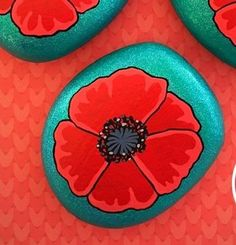 Beautiful & Unique Rock Painting Ideas , Let's Make Your Own Creativity Pebble Painting, Pebble Art, Stone Painting, Stone Crafts, Rock Crafts, Arts And Crafts, Rock Painting Ideas Easy, Rock Painting Designs, Poppy Flower Painting