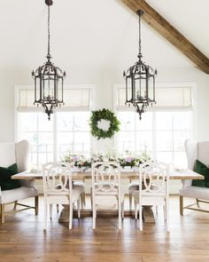 Dinner Party Spotlight: Rachel Parcell of Pink Peonies - Fashionable Hostess | Easter tables cape