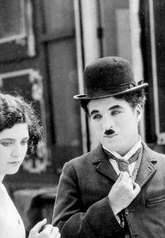 Merna Kennedy & Charlie Chaplin ~ The Circus, 1928 (x)