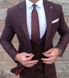 2017 New Burgundy Groom Wear mens suit Tuxedo 3 Pieces Wedding Suits for men (Jacket+Pants+vest) Formal Business terno masculino Der Gentleman, Gentleman Style, Fashion Mode, Urban Fashion, Fashion Clothes, Latest Fashion, Fashion 2016, Style Fashion, Fashion Shirts