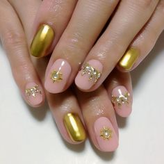 2013.04.24 Metallic gold nail