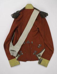 Officer's coatee worn by Lieutenant John Bramwell, 1815 (c) Doctor 13, Military Coats, Military Fashion, Mens Fashion, Red Coats, British Uniforms, Rule Britannia, Army Uniform, Napoleonic Wars