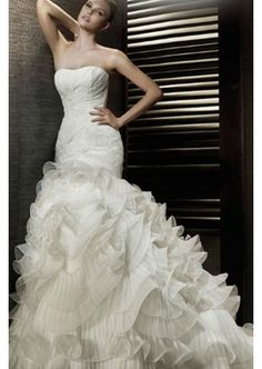 High quality Crepe fabric Strapless Neckline with Mermaid Silhouette wedding dress