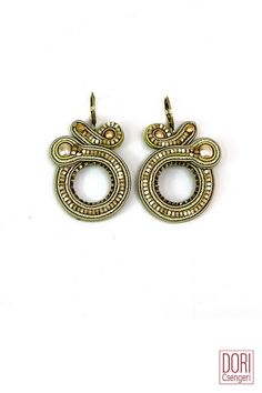VNS-E302 , hoop earrings , hoops , gold earrings ,