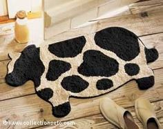 Country designs keep comfort and casual living in mind. Country charm with farmhouse decor and accents will add a cozy touch to your home. Cow Kitchen Decor, Cow Decor, Kitchen Decor Themes, Kitchen Ideas, Kitchen Supplies, Country Decor, Farmhouse Decor, Cow Art, Kitchen On A Budget