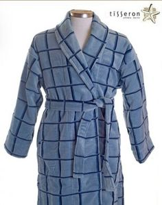 $120 - Go beyond the ordinary, don't settle for boring, treat yourself to luxury when you wrap yourself in this velvety soft 100% organic cotton plush velour bathrobe. This stylish bathrobe is just perfect for the modern man, it's sophisticated and dashing double blue Windowpane jacquard checks pattern on white is inspired by the colors of the Greek islands.