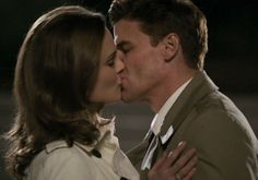 """Bones' Booth and Bones Episode: """"The Parts in the Sum of the Whole"""" We can give you about 100 reasons why we loved the Bones/Booth kisses in the show's 100th episode, but we'll just give you the most important: Before one of the more pivotal kisses, Booth tells Bones he knew from the beginning she was the one. Watch a GIF of the kiss."""