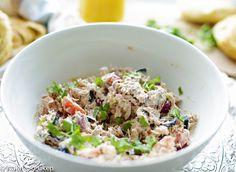 Tuna salad with herb cream cheese Tapenade, Tuna Salad, High Tea, Potato Salad, Grains, Brunch, Rice, Herbs, Ethnic Recipes