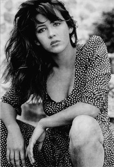 Sophie Marceau: com'era bella al naturale! Bond Girls, French Beauty, Classic Beauty, Jenifer Aniston, Cinema, French Actress, Monica Bellucci, Jolie Photo, Black And White Portraits
