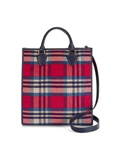 An updated take on our popular Vanderbilt tote, our new Owen tote is crafted in sumptuous wool flannel and finished with a removable crossbody strap. A contrast interior lining and interior pockets make it as great inside as it is on the outside.
