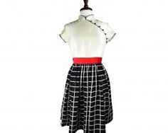 Look dashing in this modern qipao! The shape looks great on many body types :)