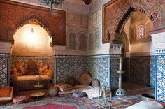 La broderie de Meknès au palais Dar El Jamai