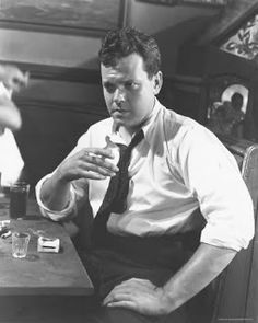 Orson Welles Movies Photo - 28 x 36 cm Dramas, Charles Foster, I Am A Writer, Cinema, Mad Men Fashion, Bachelor Of Fine Arts, Orson Welles, Great Films, Movie Photo