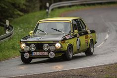 BMW 2002 rally car