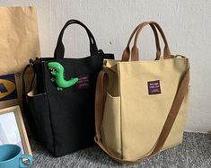 We don't have to tell you this, but the type of handbag you carry says a lot about your sense of sty Uni Bag, Sacs Design, Accesorios Casual, Leather Bags Handmade, Girls Bags, Tote Bag, Cloth Bags, Laptop Bag, School Bags