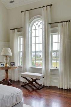 JRL Interiors — Designing Curtains for Challenging Windows - Palladian window draperies in a house on Martha's Vineyard by Patrick Ahearn, architect - Curtains For Arched Windows, Bedroom Windows, Arch Windows, Sheer Curtains, Gothic Windows, Elegant Curtains, Hang Curtains, Bedroom Window Curtains, Windows Decor