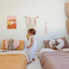 42 Fascinating Shared Kids Room Design Ideas - Planning a kid's bedroom design can be a lot of fun. It can also be a daunting task as you tackle the issue of storage and making things easy to clean.