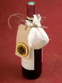 Mulled Wine Kit    Red wine that has been heated, or mulled, and flavored with spices is a centuries-old Christmas drink. Tie a spice-filled sachet and instructions onto a bottle to give to your favorite host or hostess.