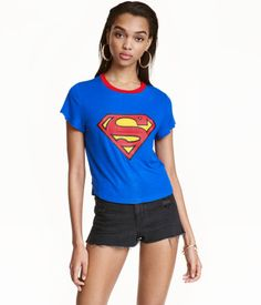 Blue/Superman. Short jersey T-shirt with a printed design at front.