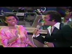 ▶ Johnny Mathis & Deniece Williams - Too Much, Too Little, Too Late - YouTube