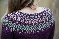 Knitting Patterns combine Ravelry: Starfall pattern by Jennifer Steingass Sweater Knitting Patterns, Knit Patterns, Icelandic Sweaters, Quick Knits, Fair Isle Pattern, Fair Isle Knitting, Sweater Design, Knitting Projects, Ravelry