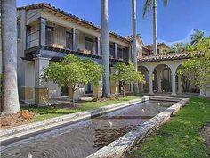 #MattDamon's Miami Beach House: Home Exterior>> http://www.frontdoor.com/photos/tour-matt-damons-miami-beach-home?soc=pinterest