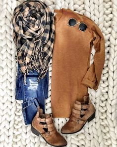 Fashion Clothes and Style: How To Look Your Best For All Occasions – Clothing Looks Style Casual, Casual Fall Outfits, Fall Winter Outfits, Autumn Winter Fashion, My Style, Black Outfits, Style Blog, Leopard Outfits, Leopard Scarf