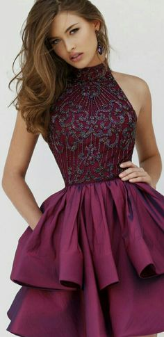 SHERRI HILL ¤ BURGUNDY COCKTAIL-STYLE PROM DRESS W. POCKETS AND SLEEVELESS BEADED HALTER TOP ¤ #32338 ¤ FALL 2016 # 32338