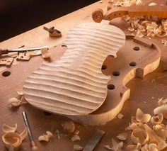 Luthier Stringed-instrument maker #violin #violon