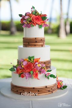 """Dena"" wedding cake by Rick Reichart, cakelava"