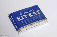 Rationed: A Kit Kat from the Second World War where milk rationing caused drastic changes to chocolate bar Vintage Sweets, Retro Sweets, Vintage Candy, Vintage Type, British Candy, British Sweets, Famous Chocolate, Chocolate Day, Chocolate Names